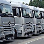 Mercedes short truck
